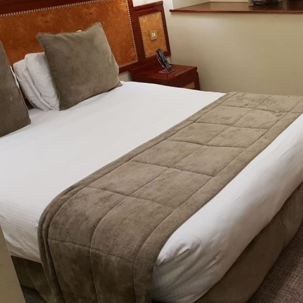 Secondhand Bed Runners