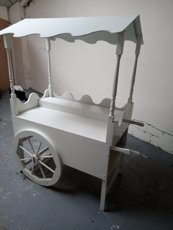 White Free Standing Sweet Cart
