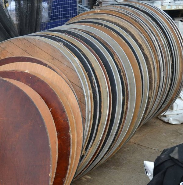 6ft Round Banqueting Tables