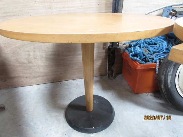 90cm Round tables for sale