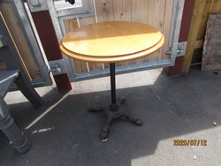 Round pub table with cast iron base