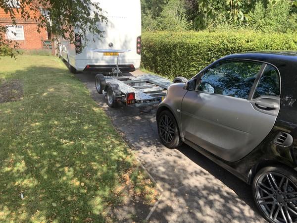 Lightweight car trailer motorhome