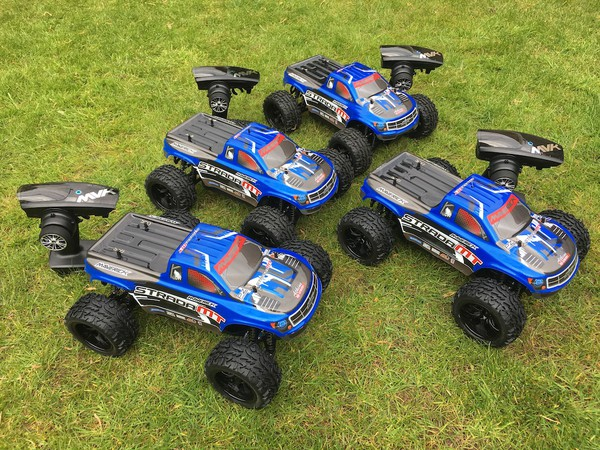 Second Hand R/C Cars Inflatable Race Track & Cars