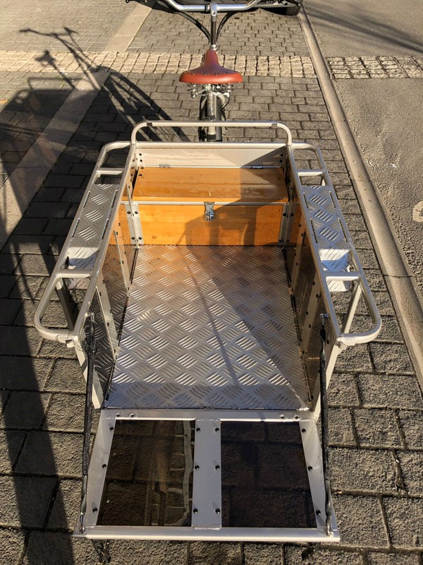 Tricycle cargo carrier for sale