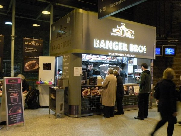 Mobile catering kiosk