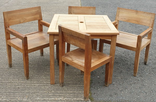 Out door dining tables and chairs