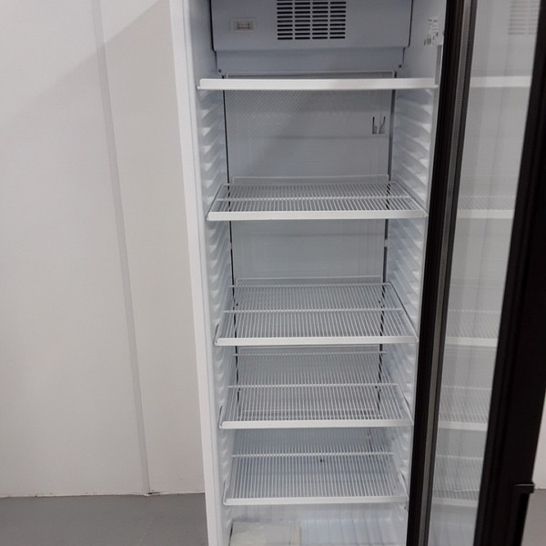 Drinks tall display fridge for sale