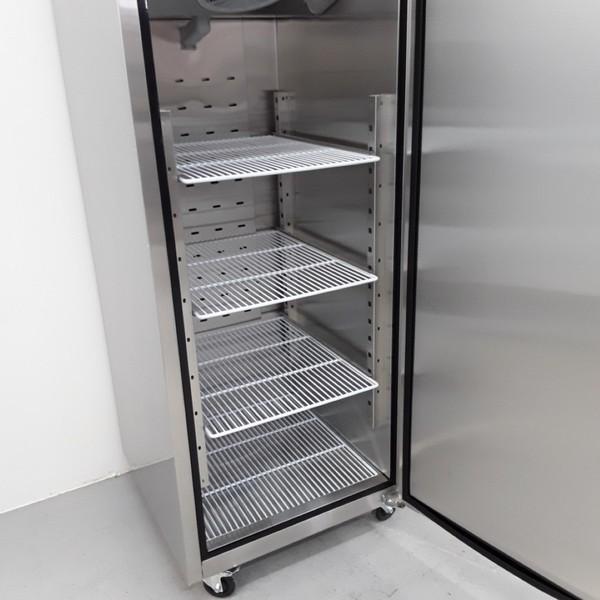 Upright fridge commercial