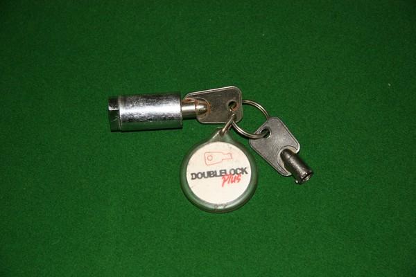 Double Lock Plus trailer hitch keys