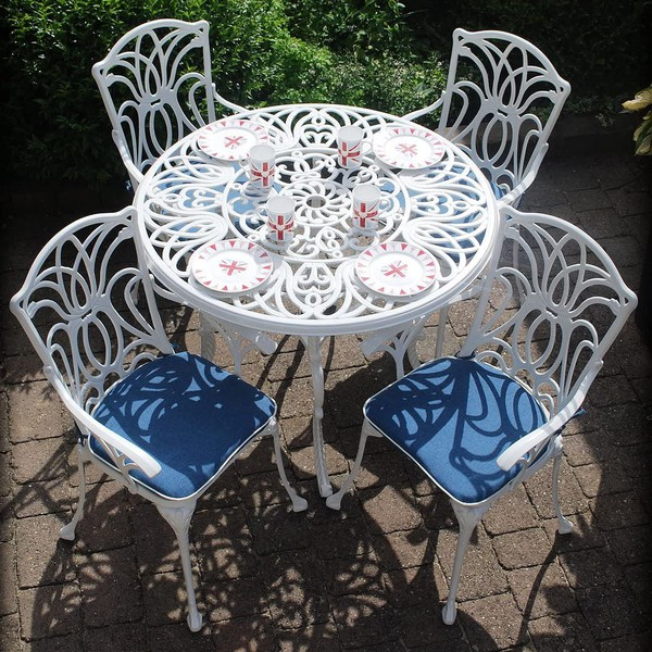 White outdoor chairs for sale