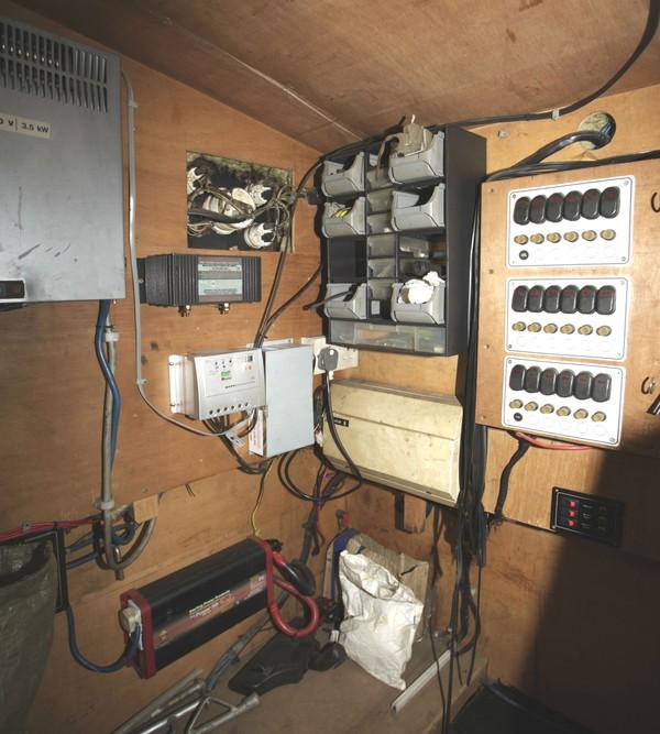 Electric cupboard