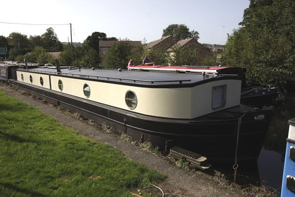 Wide beam liveaboard barge for sale