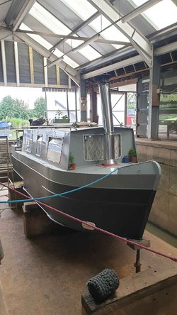 25ft Narrow Boat Cruiser