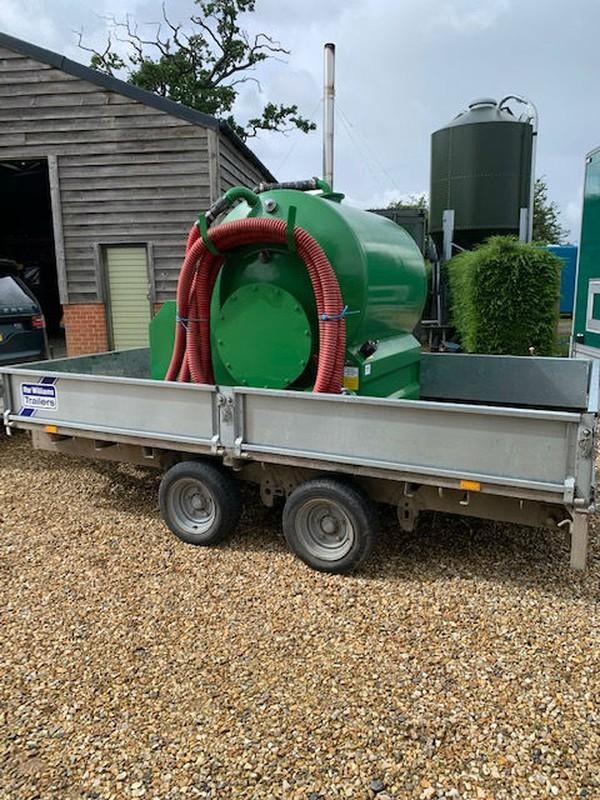 Trailer mounted Vacuum tanker