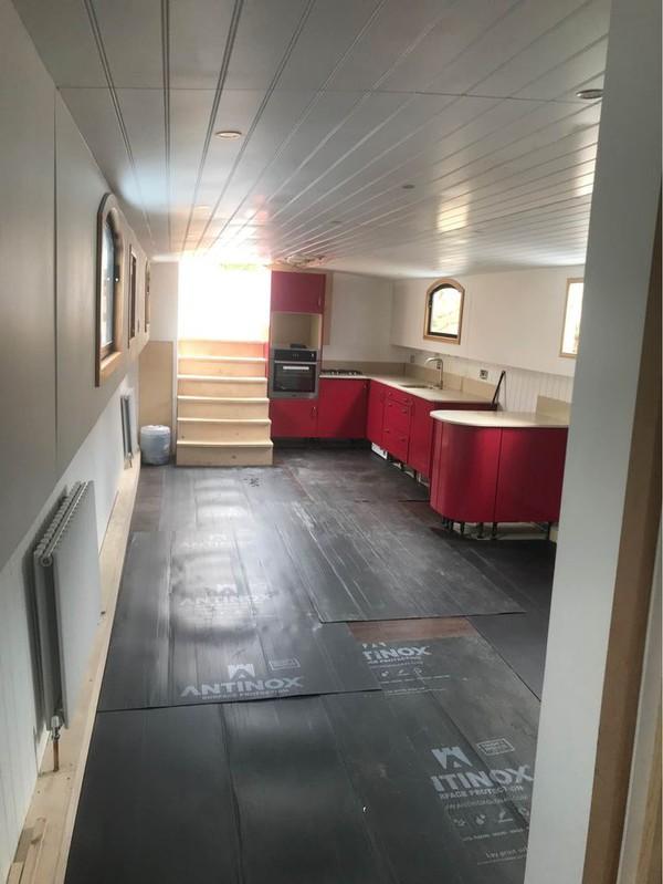 Barge House Boat