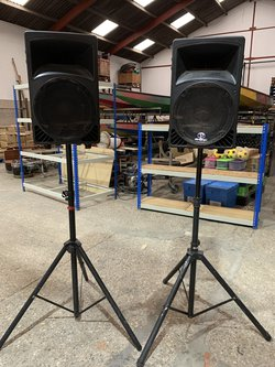 Phonic P450 Wide Dispersion Sound Reinforcement Speakers With Stands