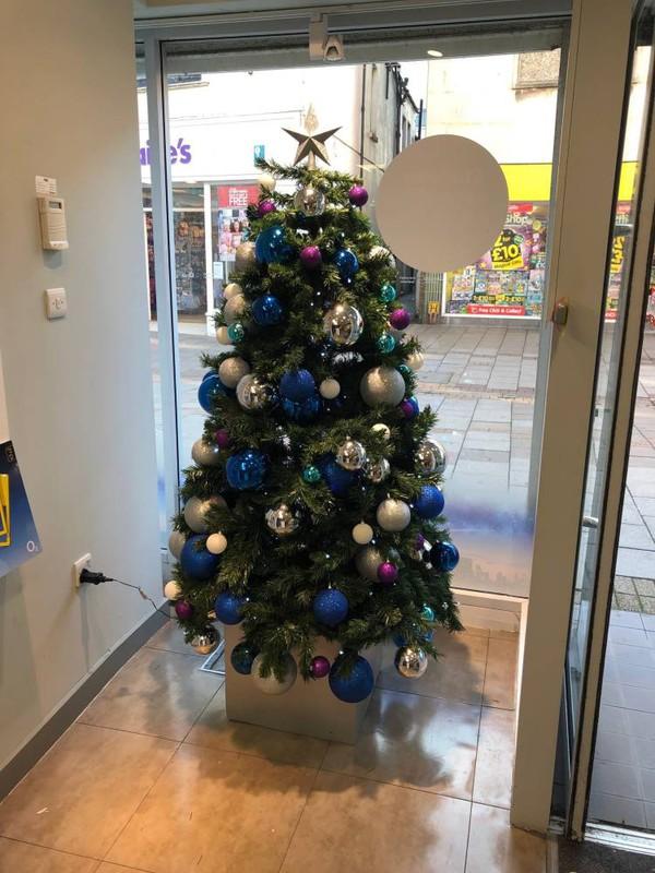 Shop / Pub / hotel christmas trees