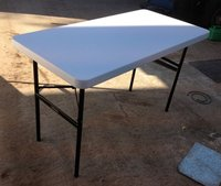 1700x White Plastic Folding Tables