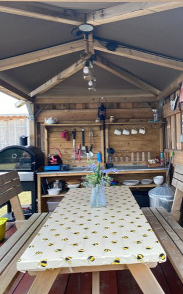 Glamping kitchen with pizza oven