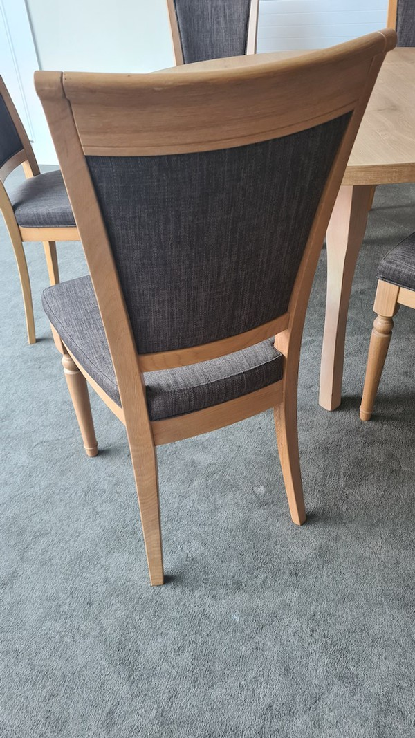Second Hand Oak Chairs & Tables