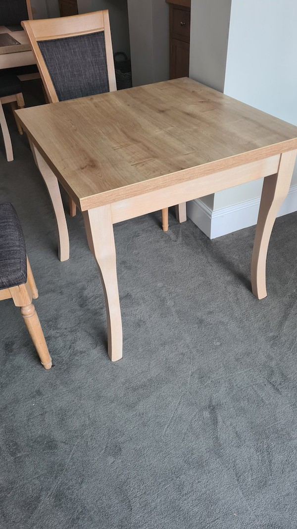Used Oak Chairs & Tables