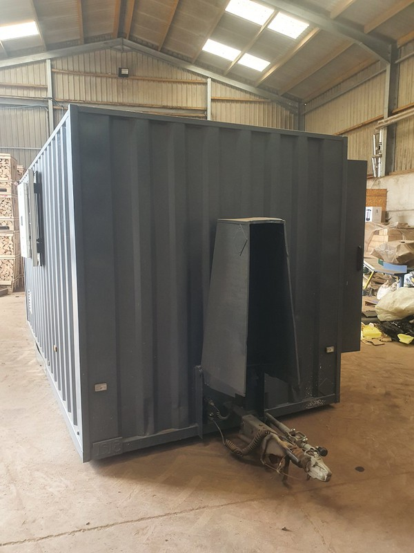16ft Boss Mobile Towable 7 Man Welfare Unit with Office