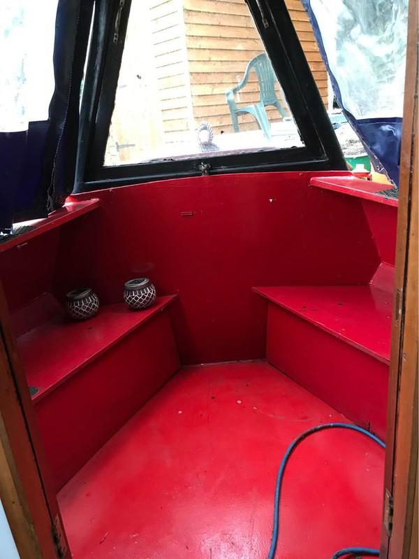buy 36ft narrowboat moored