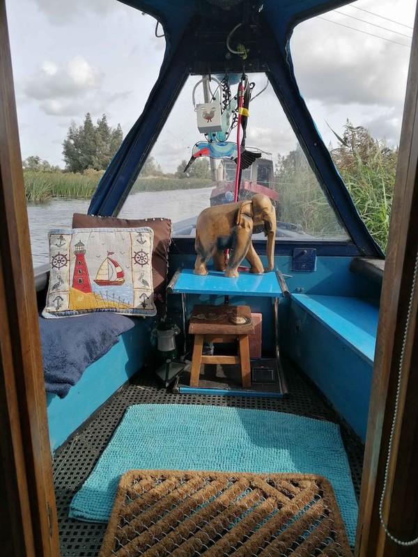 buy 55ft cruiser narrowboat