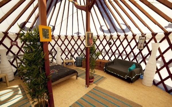 Yurt Hotel