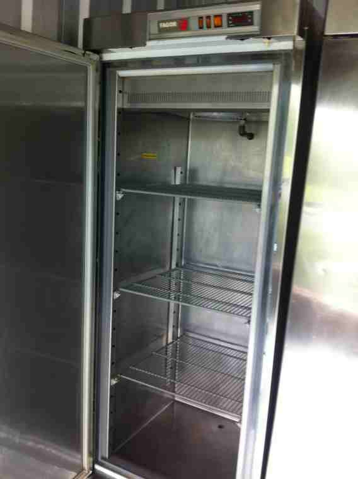 secondhand catering equipment freezers 2x stainless steel upright frigor fridge and freezer. Black Bedroom Furniture Sets. Home Design Ideas