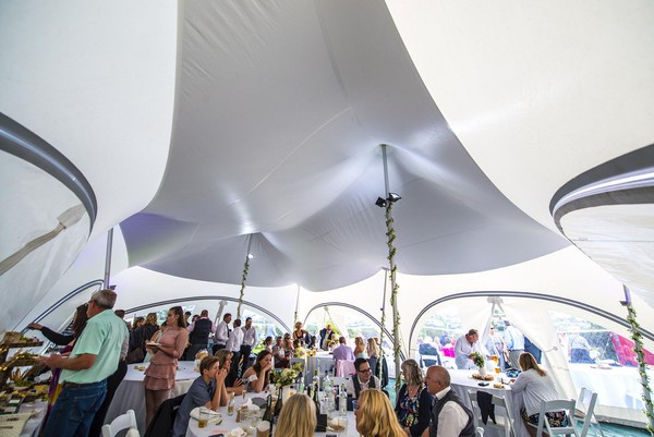 Trapeze marquees with walls
