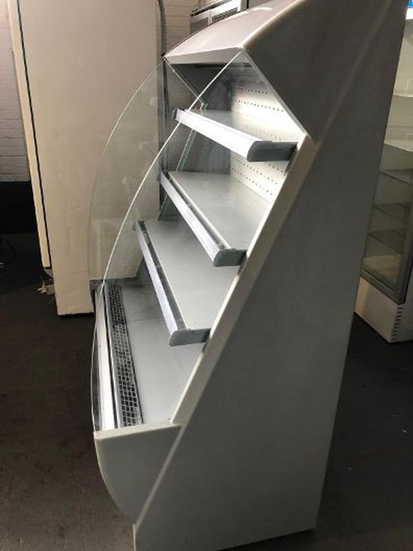 Low Height Multideck Display Chiller With Night Blind