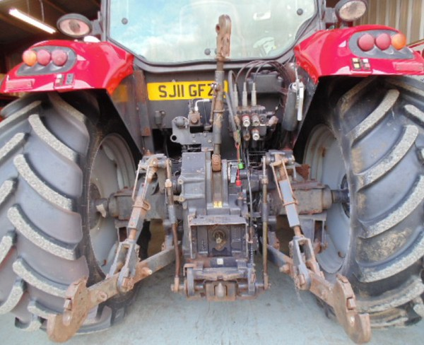 Secondhand tractor T3 4WD