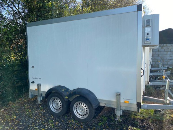 Mobile refrigerated trailer