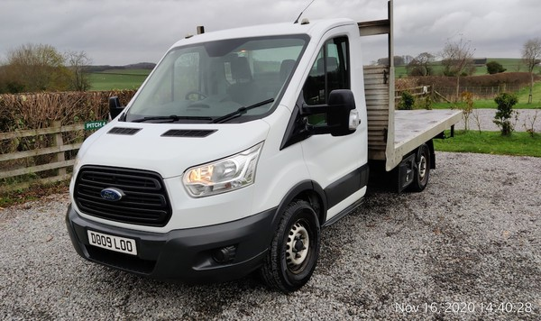 Flatbed Ford Transit 4x4