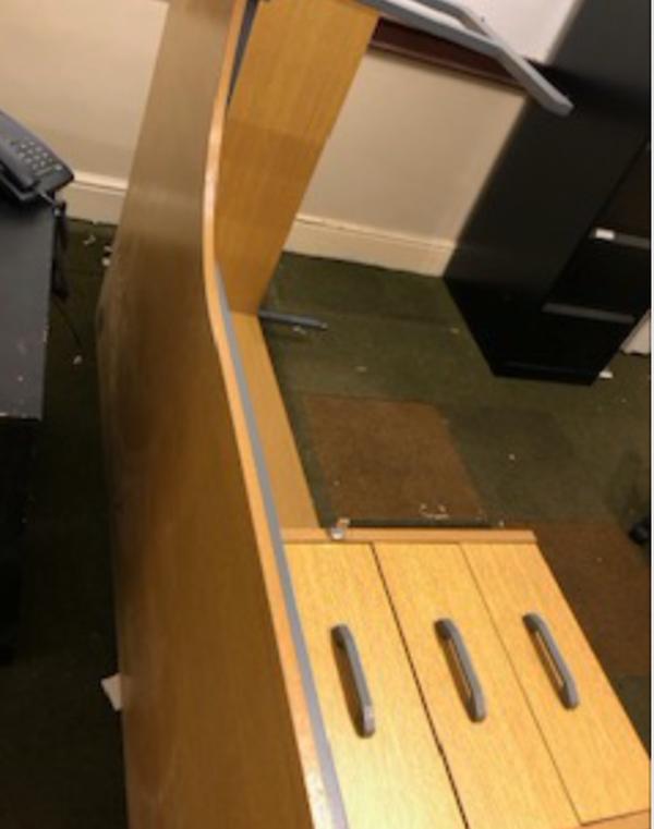 Corner desks for sale