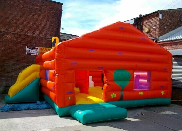 Bouncy Castle Play House