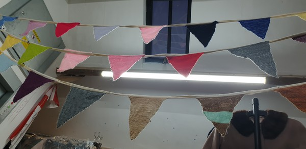 AgeUK Bunting Knitted