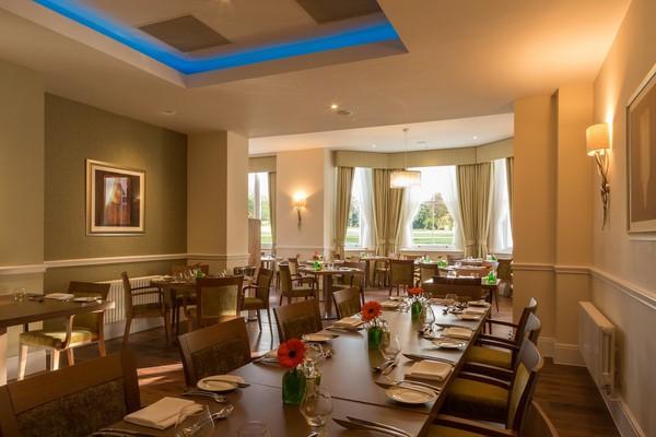 Montbel Restaurant Tables