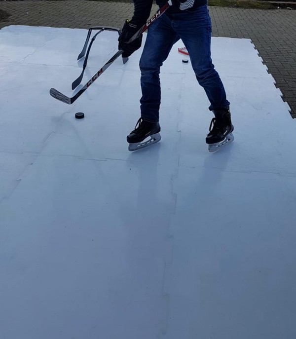 Ice hockey training surface