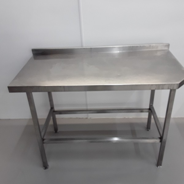 1.5m x 0.6m used catering / prep table