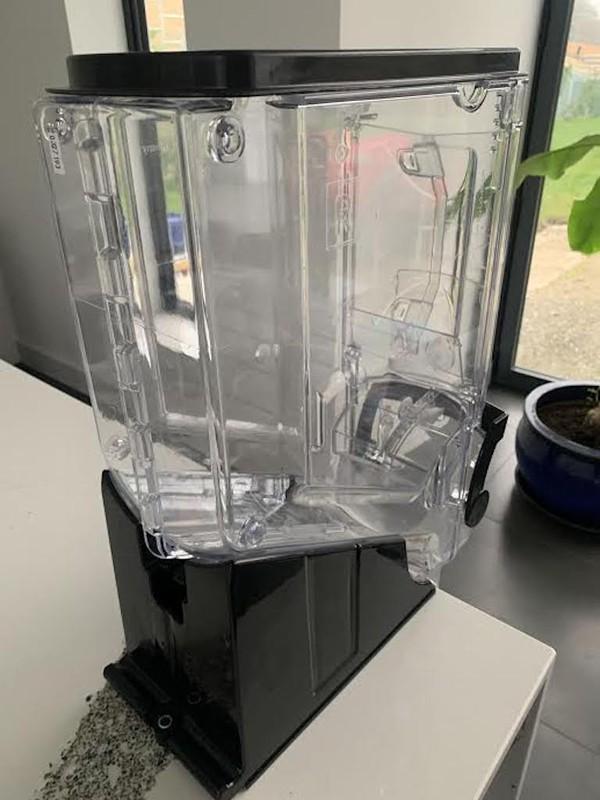 Gravity Dispensers