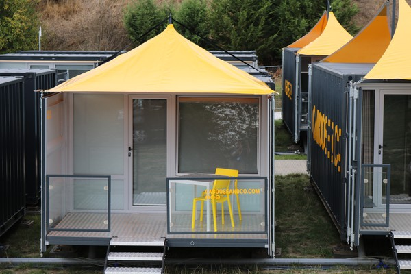 Shipping container pod / hotel