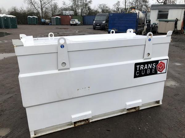 Trans Cube fork liftable diesel tank