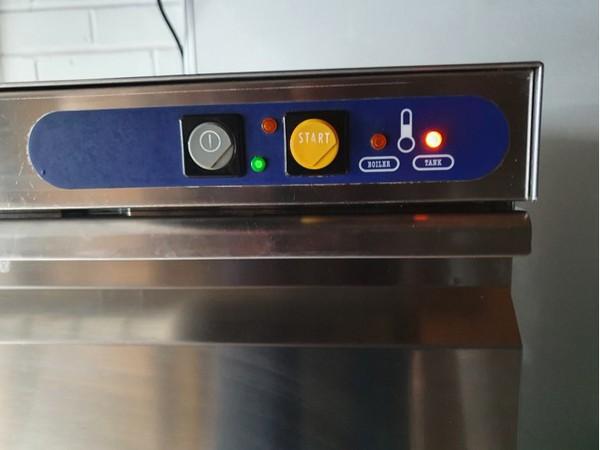 Elite E40 Glasswasher controls