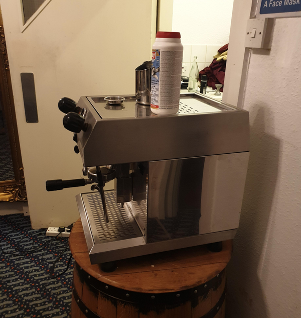 1 group coffee machine and grinder