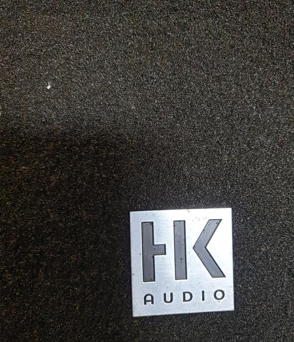 HK Audio Speaker cabinet for sale
