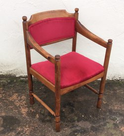 Dining chairs with arms (CODE DC 117)