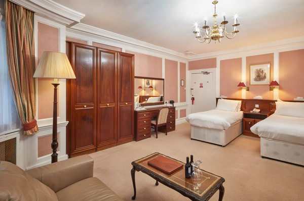 Secondhand hotel furniture sets for sale