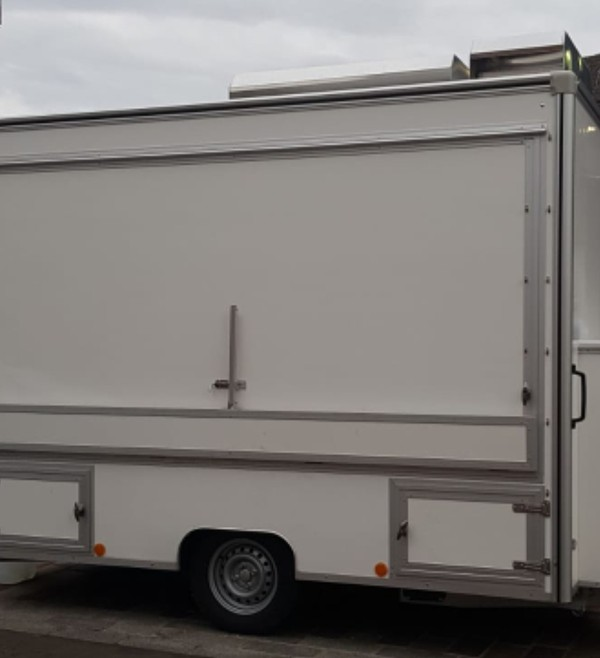 Catering trailer with hatches